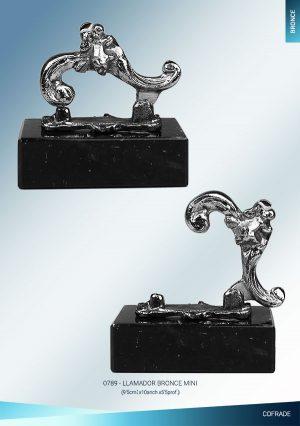 Llamador bronce pequeño plateado